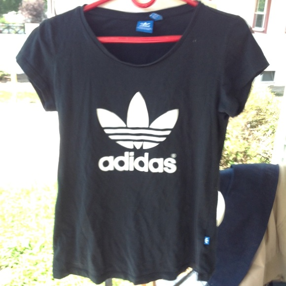 Adidas camisetas & tops de Niñas camisa poshmark